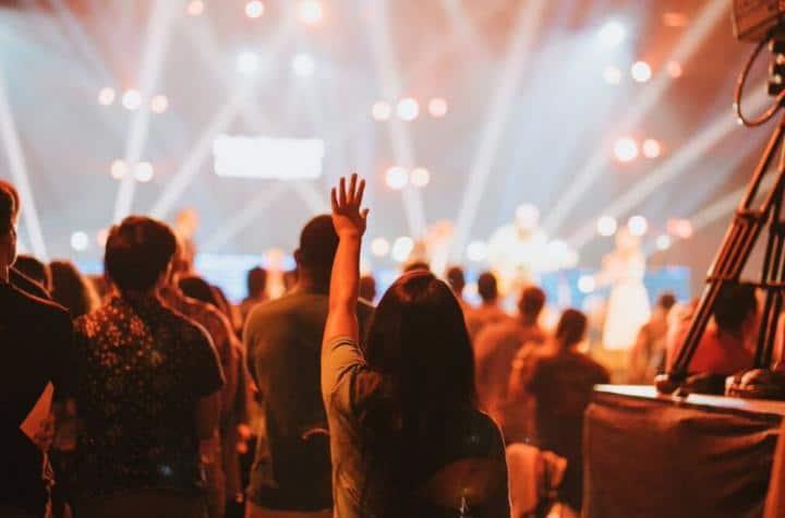 worshiporwoshiptainment